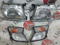 Комплект фар в сборе на Nissan Safari/Patrol Y61