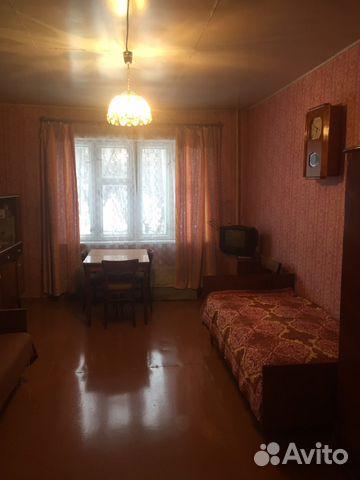 Продается двухкомнатная квартира за 740 000 рублей. Нововятский район, Киров, улица Ленина, 5.