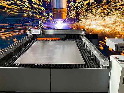 Оптоволоконный лазерный станок CNC-SLF1325/1000W