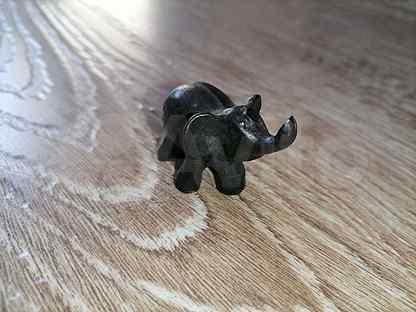 Керамический слоник ручной работы
